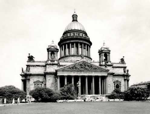 William C. Brumfield. St. Isaac's Cathedral. 1985. Photograph. 12 x 18 in..