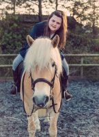 Girl_pony_Photoshoot_Aron-33