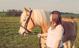 Girl_pony_Photoshoot_Aron