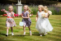 weddingphotography_Staffordshire_DovecliffeHall-102