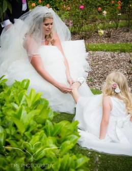 weddingphotography_Staffordshire_DovecliffeHall-147