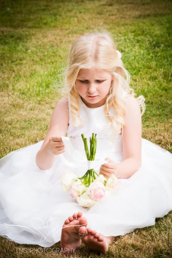 weddingphotography_Staffordshire_DovecliffeHall-149