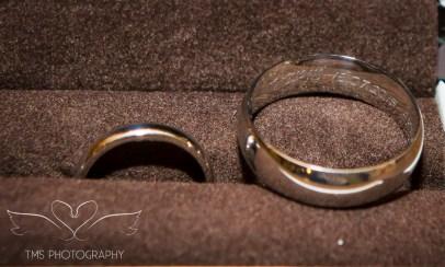 weddingphotography_Staffordshire_DovecliffeHall-28