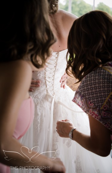weddingphotography_Staffordshire_DovecliffeHall-34