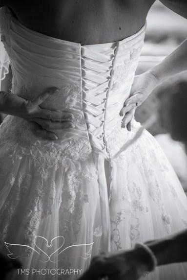 weddingphotography_Staffordshire_DovecliffeHall-35