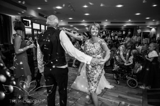 Wedding_Photographer_Chesterfield_Derbyshire-162