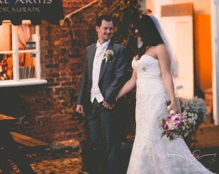 wedding_photographer_leicestershire_royalarmshotel-134