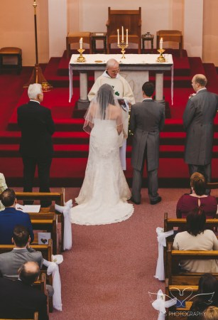 wedding_photographer_leicestershire_royalarmshotel-51