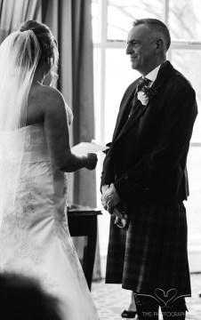 wedding_photography_staffordshire_branstongolfclub_pavilion-74