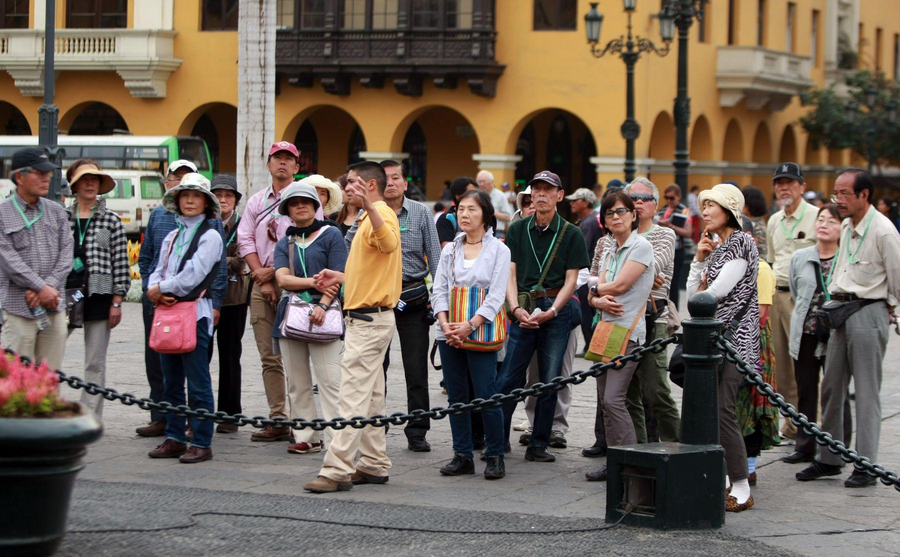 Resultado de imagen para poblacion china en el peru