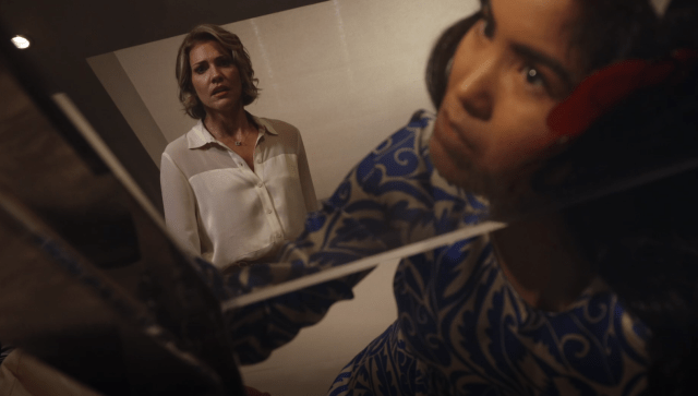 """This isn't the way Celia (Daniel Lyn) imagined Lydia (Tricia Helfer) helping her to smash glass in 'Creepshow' Episode 4's """"Lydia Lane's Better Half"""" segment."""