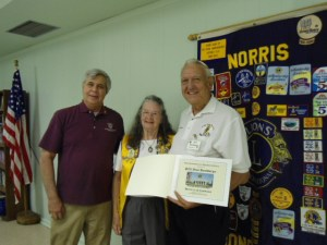 Dean and Nellie Harshbbarger receive International President Certificate for Guiding Lions DSC00632