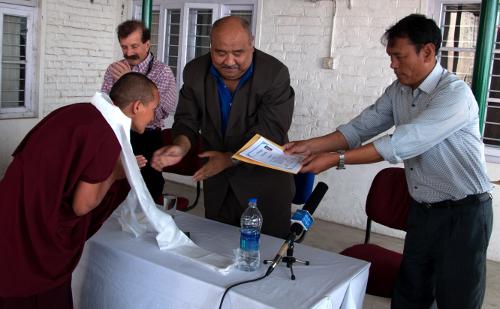 Tibetan Buddhist nun receives certificate of nursing training