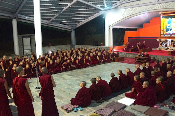Tibetan nuns debating 2014
