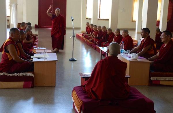 nun debating during Geshema examination