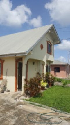 house for sale roystonia couva