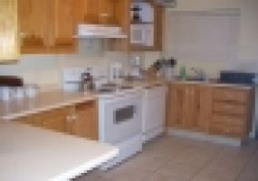 Townhouse for rent cascade kitchen