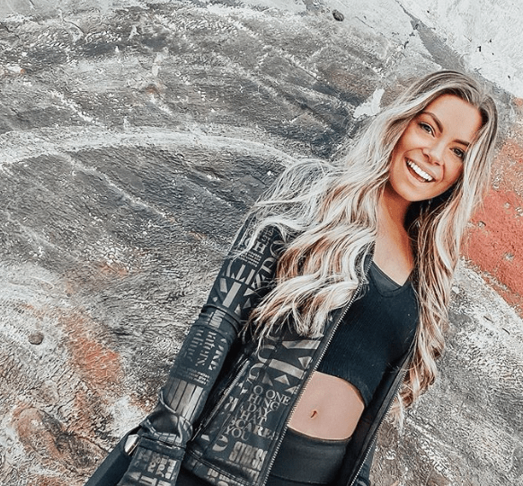 How Many Instagram Followers Does 𝕂𝕒𝕪𝕝𝕖𝕖 𝕒𝕣𝕞𝕤𝕥𝕣𝕠𝕟𝕘(kaylee.armstrong) have?