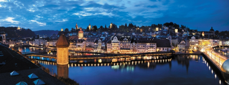 Germany & Switzerland Rail Circle Tour, Lucerne by night Swiss, Switzerland to-europe.com