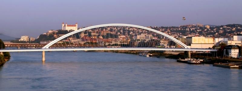 imperial cities rail circle tour, Bratislava Hungary to-europe.com