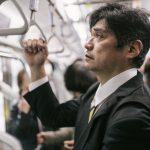 通勤の電車の中でKindleを使うならKindle Voyageをおすすめする大きな2つの理由
