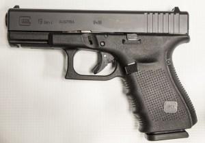Picture of a Glock 19 Gen 4 pistol