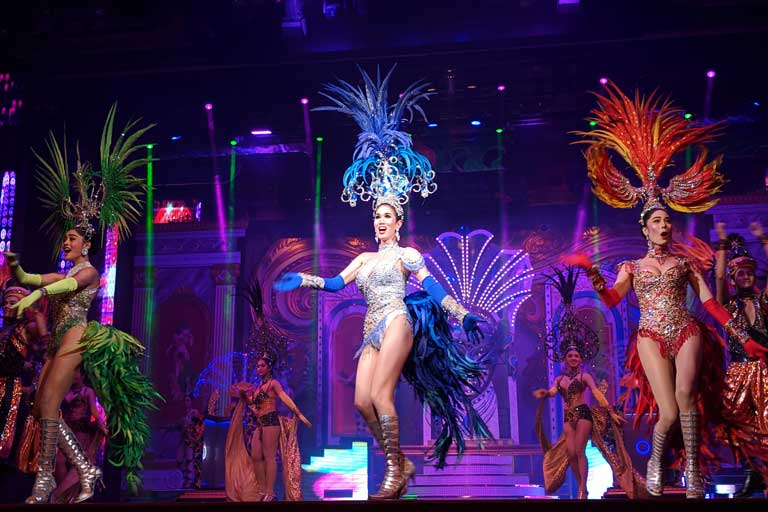 Dance in Alcazar Show Pattaya