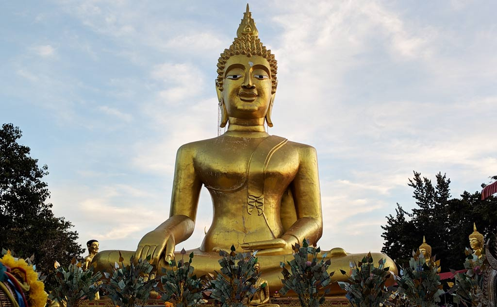 Big Buddha Pattaya statue in Wat Phrai Yai Temple