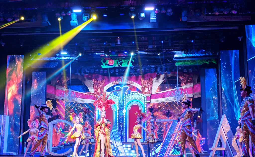 Welcome dance at Alcazar Cabaret