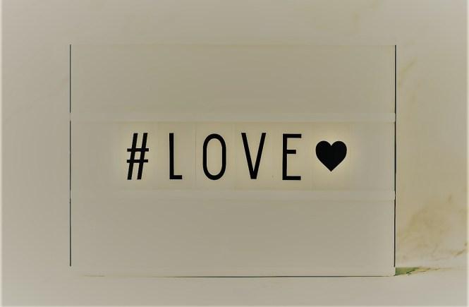 Когато някой те обича