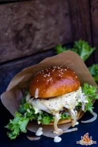 Dattel Mayo Burger vom Grill