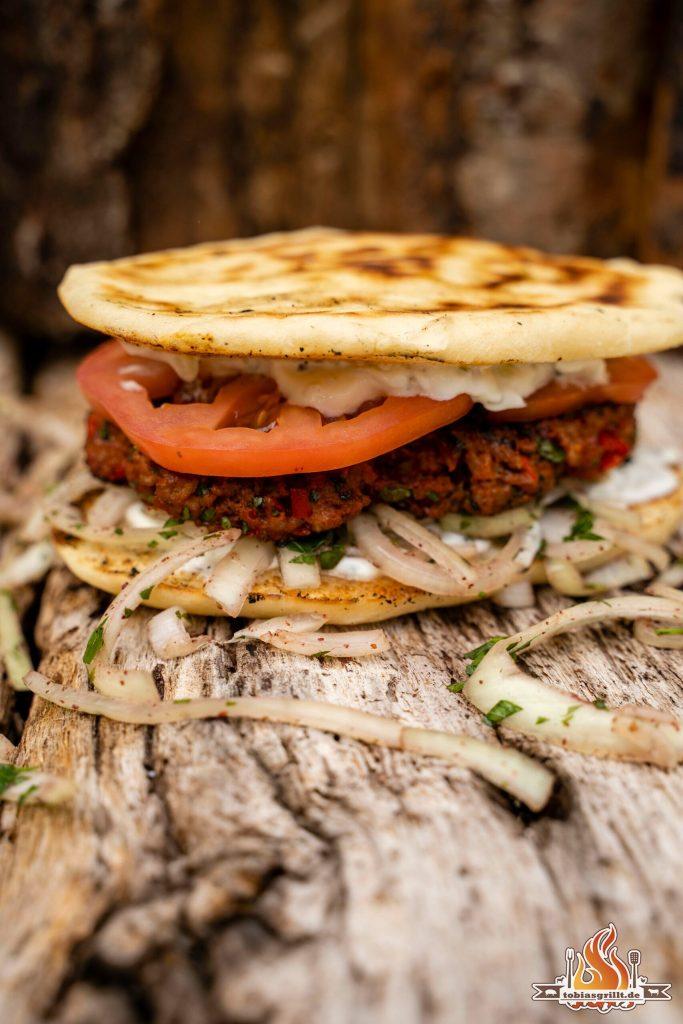 Adana Burger von der BBQ Disk
