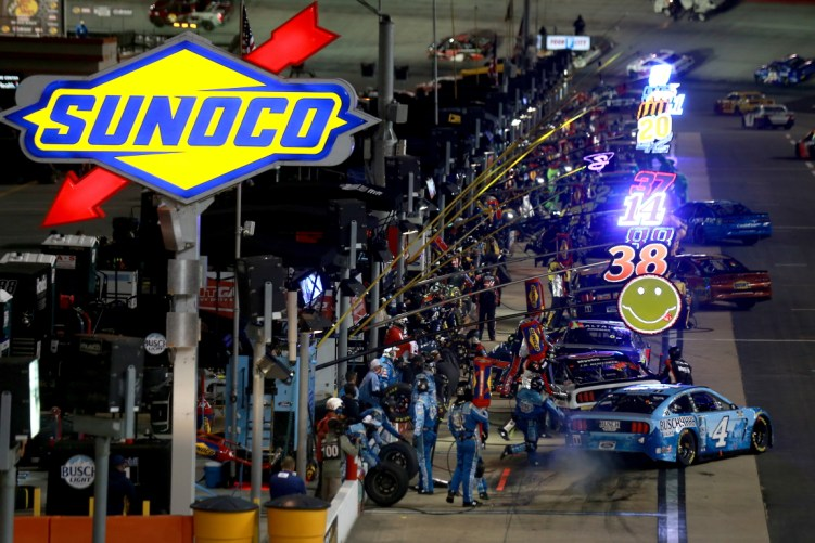 NASCAR DFS Bristol Night Race