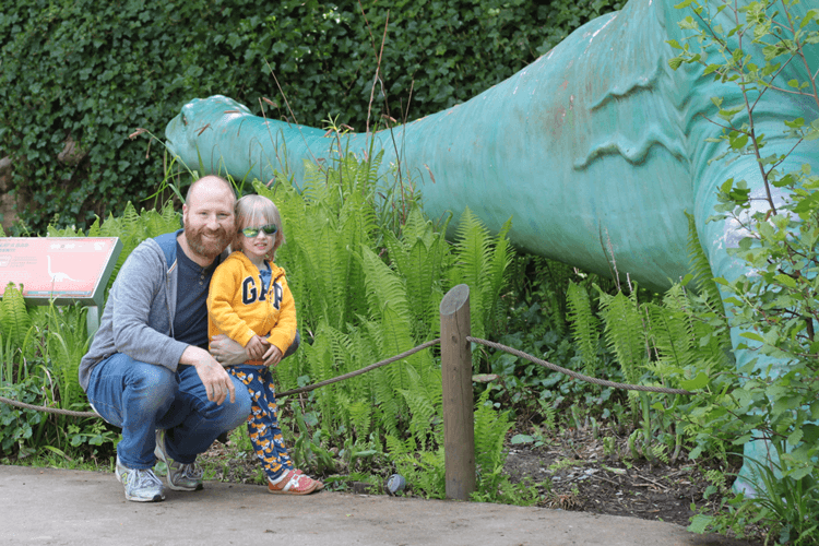 Toby, daddy and a diplodocus