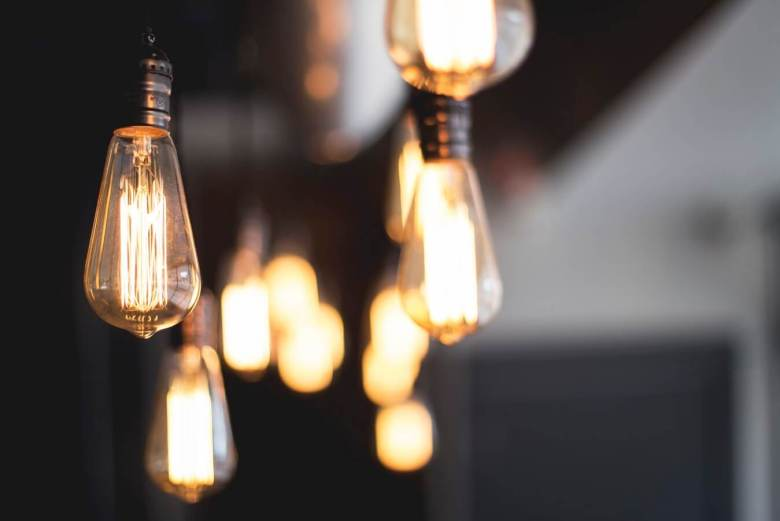 Hanging filament bulbs