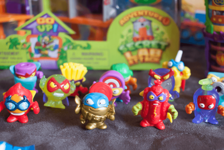 A selection of Series 2 Superzings collectibles