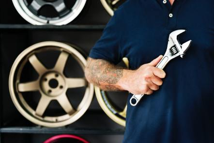 Car service and maintenance tips