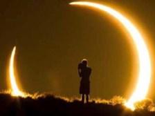 Extrano-eclipse-solar-hibrido.jpg_2033098437