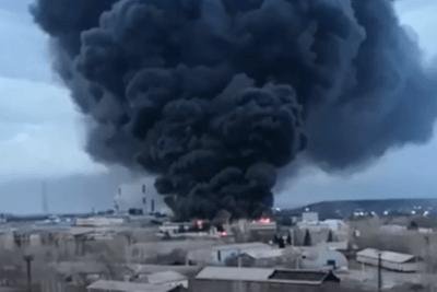 В Красноярске горит ракетостроительный завод Красмаш
