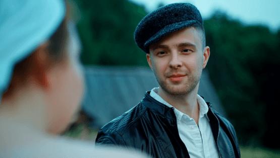 """Фотокадр из клипа Егора Крида """"Сердцеедка"""""""