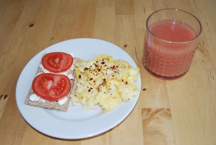 crisp bread breakfast