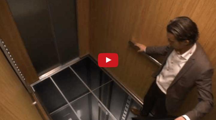 Monitor LG ascensore