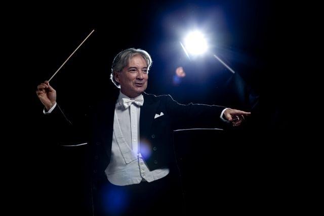 CULTURA-Cantantes-argentinos-se-lucen-junto-a-Orquesta-Sinfónica-de-Chile