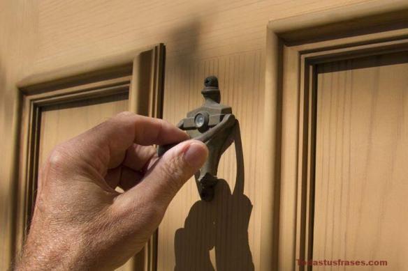 Si alguien llama a tu puerta