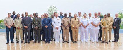 Prime Minister of Guyana, the Hon. Moses Nagamootoo with some members of the CANSEC delegation during a photo op. (Photo via DPI)