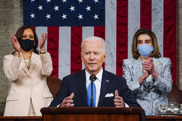 US Lawmakers Applaud Biden For Temporary Patent Waiver On Covid Vaccines