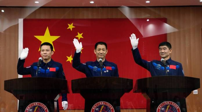 China to Launch Spacecraft with 3 Astronauts on June 17