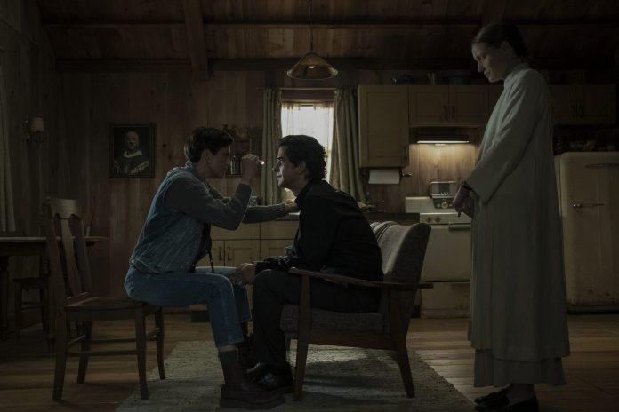 Midnight Mass on Netflix: Everything We Know So Far