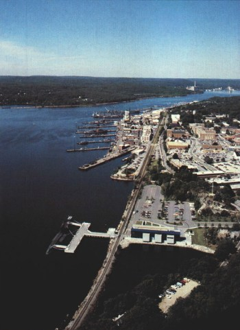 An aerial photo of the New London submarine base, circa 1990.