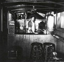 07-28 Louis Lunch wagon (1907-1916)